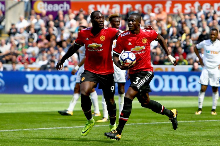 Pemain Eric Bailly